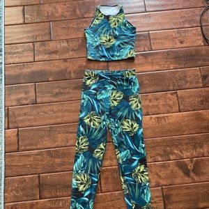 American Apparel Tropical Leaf Croptop leggings